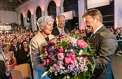 07.04.2016, Congress, Innsbruck, AUT, Wahlkampfauftakt Andreas Khol zur Präsidentschaftswahl 2016, im Bild v.l: Heidi Khol, Praesidentschaftskandidat Andreas Khol (OeVP), Tirols Landeshauptmann Guenther Platter (OeVP) // f.l.: Heidi Khol Candidate for Presidential Elections Andreas Khol (OeVP) Governor of Tirol Guenther Platter (OeVP) during campaign opening according to the austrian presidential elections at the Congress in Innsbruck, Austria on 2016/04/07. EXPA Pictures © 2016, PhotoCredit: EXPA/ Johann Groder