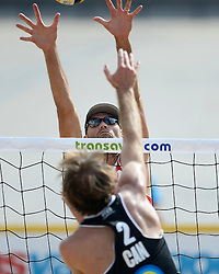 17-07-2014 NED: FIVB Grand Slam Beach Volleybal, Apeldoorn<br /> Poule fase groep A mannen - Philip Dalhausser (2) USA