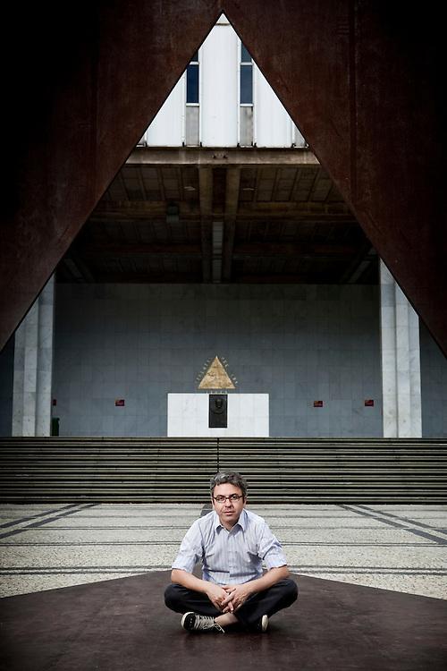 Belo Horizonte_MG, Brasil.<br /> <br /> Fernando Barreto, socio-fundador da Web Citizen.<br /> <br /> Fernando Barreto, founding partner of Citizen Web.<br /> <br /> Foto: NIDIN SANCHES / NITRO