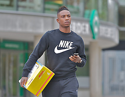 29.04.2013, Weserstadion, Bremen, GER, 1.FBL, SV Werder Bremen, im Bild Eljero Elia (SV Werder Bremen #11) nach dem Rapport in der Geschaeftsstelle auf dem Weg zum Parkplatz // at the main office of the German Bundesliga Club SV Werder Bremen at the Weserstadion, Bremen, Germany on 2013/04/29 . EXPA Pictures © 2013, PhotoCredit: EXPA/ Andreas Gumz ..***** ATTENTION - OUT OF GER *****