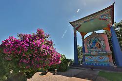 Localizado na cidade de Três Coroas/RS, o Khadro Ling é a sede do Chagdud Gonpa Brasil, uma organização sem fins lucrativos destinada ao estudo e prática do Budismo Tibetano. Uma comunidade de praticantes budistas mora no local e em suas terras fica o primeiro templo tibetano tradicional da America Latina. FOTO: Marcos Nagelstein/ Agência Preview