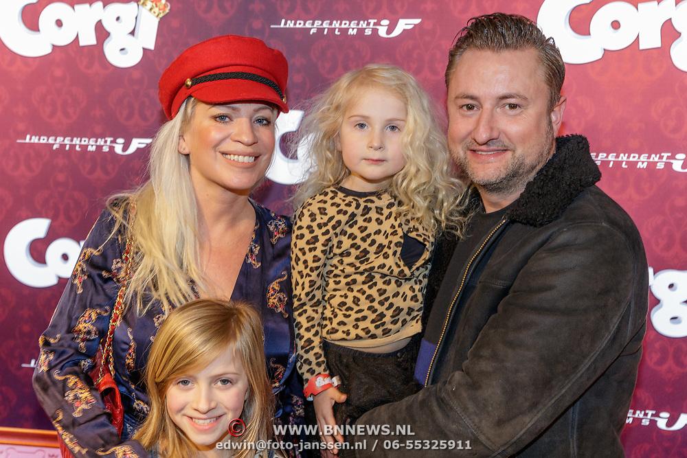 NLD/Amsterdam/20190210- première Corgi, Dennis Weening met partner Stella Maassen en dochters