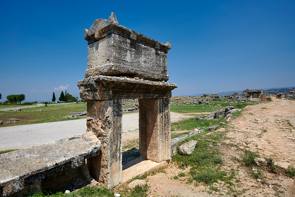 Picture of a Roman raised sarcophagus of the North Necropolis. Hierapolis archaeological site near Pamukkale in Turkey. .<br /> <br /> If you prefer to buy from our ALAMY PHOTO LIBRARY  Collection visit : https://www.alamy.com/portfolio/paul-williams-funkystock/pamukkale-hierapolis-turkey.html<br /> <br /> Visit our TURKEY PHOTO COLLECTIONS for more photos to download or buy as wall art prints https://funkystock.photoshelter.com/gallery-collection/3f-Pictures-of-Turkey-Turkey-Photos-Images-Fotos/C0000U.hJWkZxAbg