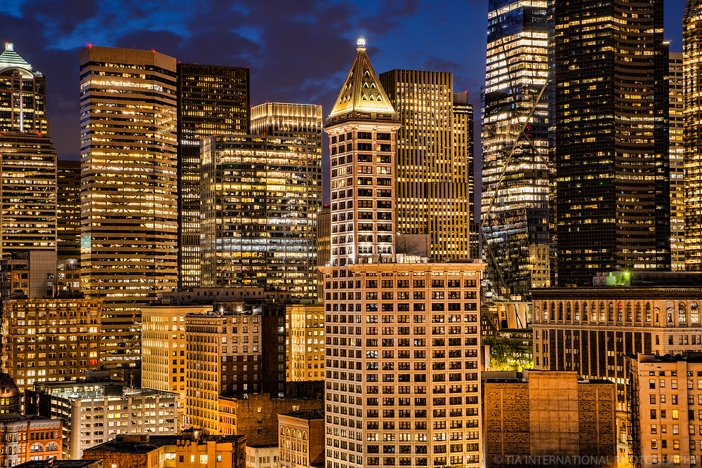 Smith Tower (center) & Downtown Seattle