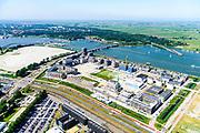 Nederland, Noord-Holland, Amsterdam, 29-06-2018; <br /> Zeeburgereiland met de silo's van de voormalige rioolwaterzuivering. Stadsontwikkelingsgebied met onder andere zelfbouw kavels. Zicht op Schellingwouderbrug en Oranjesluizen.<br /> Island Zeeburg, new city quarter in developement<br /> <br /> luchtfoto (toeslag op standard tarieven);<br /> aerial photo (additional fee required);<br /> copyright foto/photo Siebe Swart