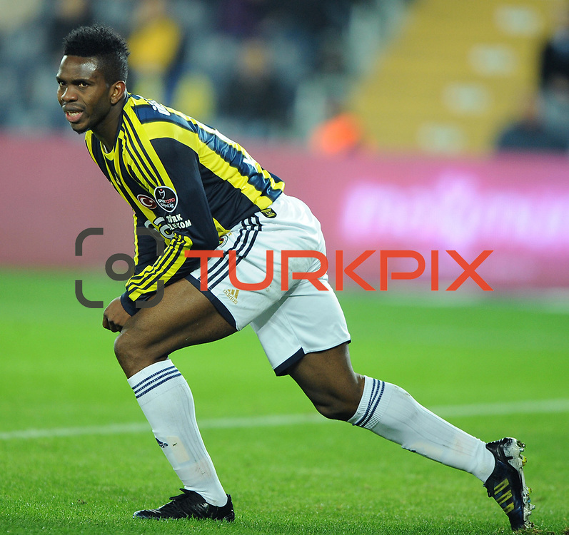 Fenerbahce's Joseph Michael Yobo during their Turkish superleague soccer match Fenerbahce between Gaziantepspor at the Sukru Saracaoglu stadium in Istanbul Turkey on Monday09 January 2011. Photo by TURKPIX