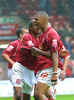 Photo: Dave Linney.<br />Walsall v Milton Keynes Dons. Coca Cola League 1.<br />08/10/2005. Walsall derender Julian Bennett scores the equaliser for Walsall in the 93rd min.
