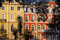 Portugal, Lisbonne, façades du Jardim do Principe Real // Portugal, Lisbon, front building on Jardim do Principe real