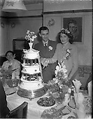 1952 - Wedding of Mr. P. O'Loughlin and Miss J. Nixon
