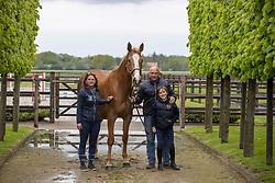 Block Peter, Katrien, Jasper, Jewel HWS<br /> Horse World Stables - Essen 2021<br /> © Hippo Foto - Dirk Caremans<br /> 15/05/2021
