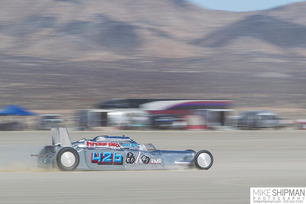 Kraut Bros, 426, eng C, body BGRMR, driver William Boelcke, 212.344 mph, previous record 211.845