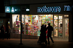 Christmas shoppers in Reading, Reading, Berkshire, England, 21 November 2013. Picture by Jonathan Mitchell / i-Images