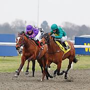 Gin Twist and Richard Kingscote winning the 3.25 race