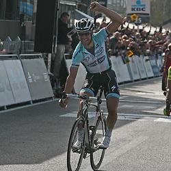 Tom Boonen wint de Ronde van Vlaanderen voor Flippo Pozatto en Alessandro Ballan Sportfoto archief 2012