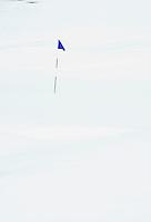 BELGIE; Golfbaan. Besneeuwde golfbaan met vlag op GC Durbuy. FOTO KOEN SUYK
