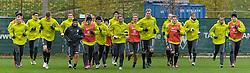 11.11.2010, Trainingsgelaende Werder Bremen, Bremen, GER, 1. FBL, Training Werder Bremen, im Bild Die Mannschaft beim Aufwaermen   EXPA Pictures © 2010, PhotoCredit: EXPA/ nph/  Frisch+++++ ATTENTION - OUT OF GER +++++