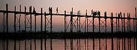 Myanmar (ex Birmanie) - Mandalay -Pont de U Bein à Amarapura // Myanmar (Burma) - Mandalay - U Bein bridge at Amarapura
