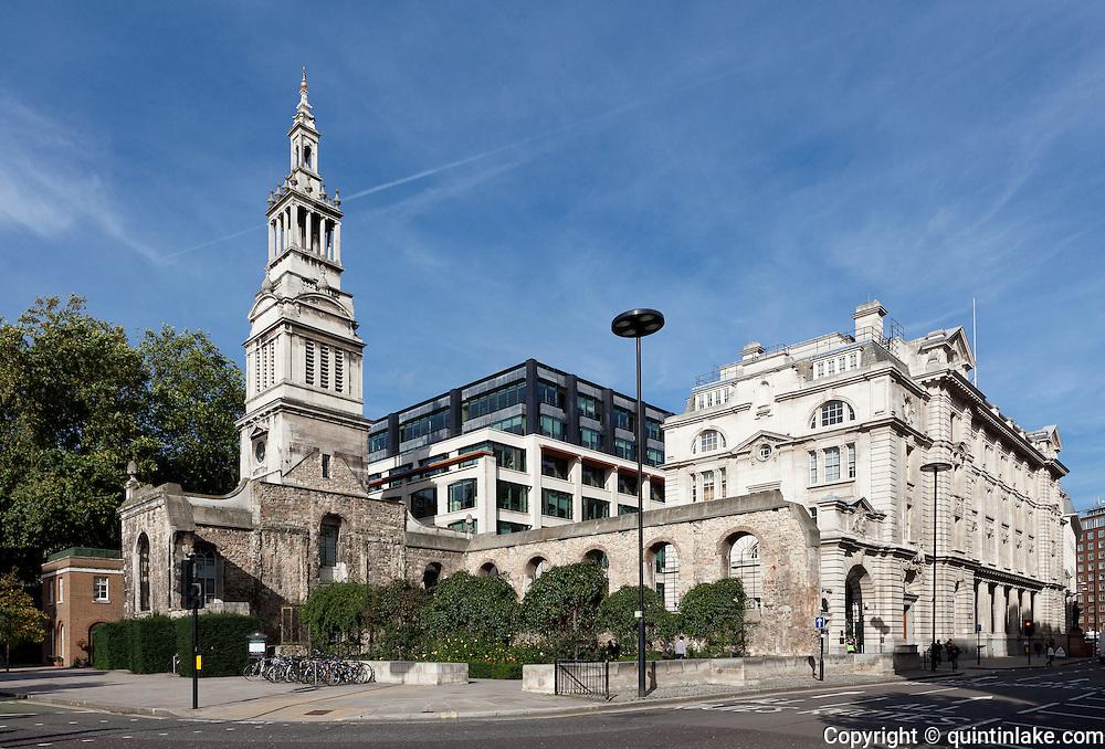 Christ Church Greyfriars, London by  Christopher Wren, 1687