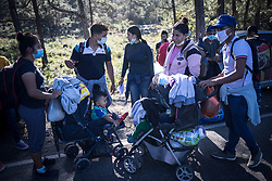 Following hurricanes Eta and Iota, with widespread damage to housing and crops, a caravan of migrants set off from San Pedro Sula heading north to the US. Honduran authorities, at the behest of the US government, used police and military to block their movement and most were stopped and returned before even arriving at the Guatemala border. Some men went around the border post through the bush to get into Guatemala, but even some of those were quickly returned to Honduras. Migrants reported desperate and unattended situations they were fleeing from.
