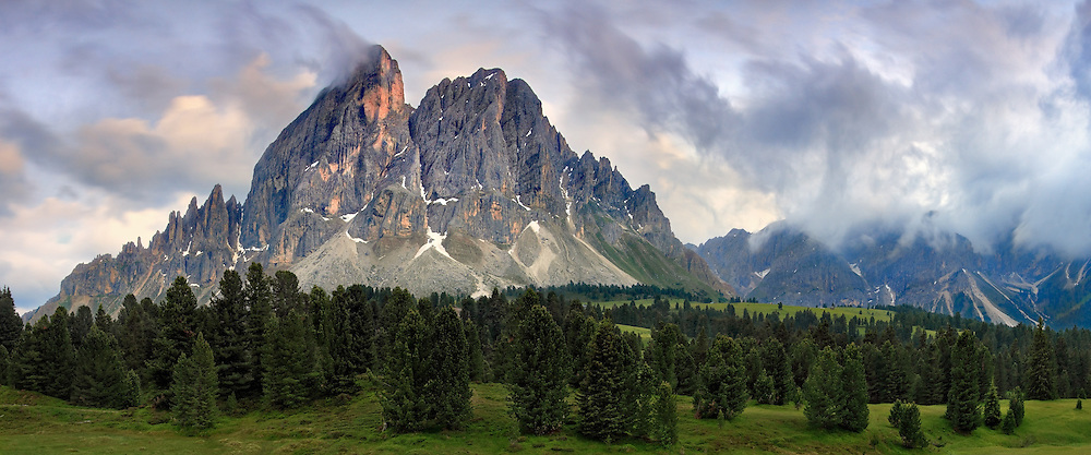 A view at sunset of the peak known as Sass de Putia (Peitlerkofel) placed exactly at the intersection between Val Badia and Val di Funes in Alto Adige/Sud Tirol.