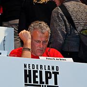 NLD/Hilversum/20100121 - Benefietactie voor het door een aardbeving getroffen Haiti, Peter R. de Vries