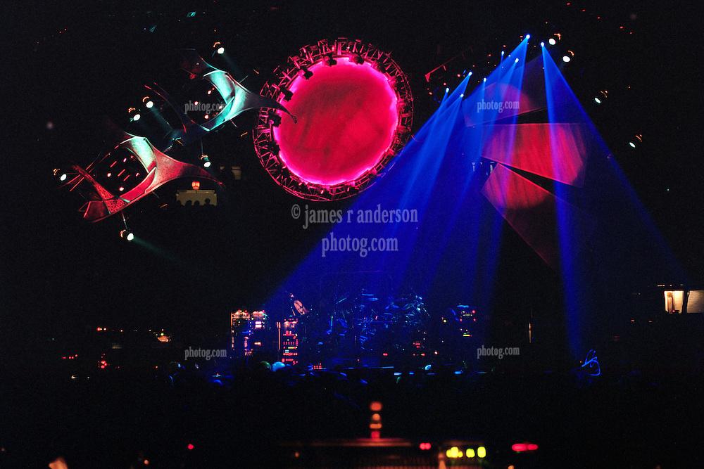 Space. The Grateful Dead live in concert at the Nassau Coliseum, Uniondale NY, 4 April 1993.