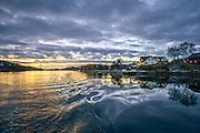 Autumn eveningmood with sunsetat Stokksund, Norway | Solnedgang og kveldsstemning på høsten i Stokksund