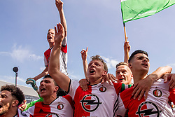 14-05-2017 NED: Kampioenswedstrijd Feyenoord - Heracles Almelo, Rotterdam<br /> In een uitverkochte Kuip speelt Feyenoord om het landskampioenschap / Spelers van Feyenoord vieren het kampioenschap. Steven Berghuis #19, Dirk Kuyt #7, Bilal Basacıkoglu #14, Mo el Hankouri #40