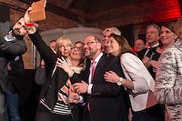 11 FEB 2017, BERLIN/GERMANY:<br /> Hannelore Kraft, SPD, Ministerpraesidentin NRW, Anke Rehlinger, Spitzenkandidatin SPD Saarland, Martin Schulz, SPD Kanzlerkandidat, Katharina Barley, SPD Generalsekretaerin, (v.L.n.R.), machen ein Selfie, waehrend einem Empfang der SPD anl. der Bundesversammlung, Westhafen Event und Convention Center<br />  IMAGE: 20170211-03-031