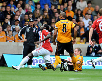 Fotball<br /> England<br /> Foto: Fotosports/Digitalsport<br /> NORWAY ONLY<br /> <br /> Molineux Grounds Wolverhampton Wanderers v Stoke City Premier League 14/08/2010<br /> Jody Craddock (Wolves) clashes with Kenwyne Jones  (Stoke) on his debut and minutes jater  Jones has to go off injured