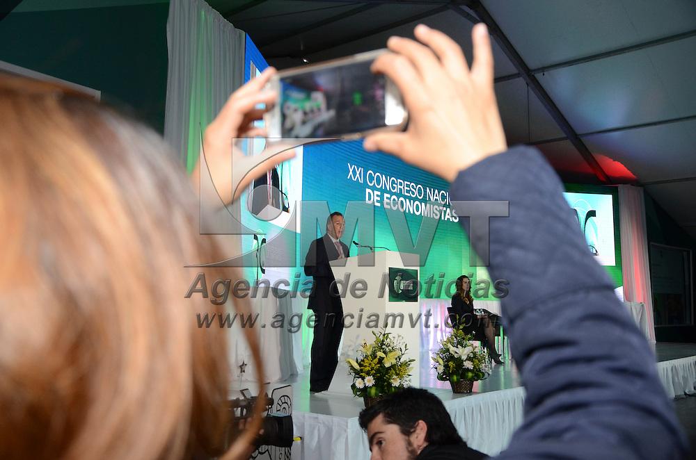 """Toluca, México (Noviembre 04, 2016).- José Antonio Meade Kuribreña, Secretario de Hacienda y Crédito Público  durante el XXI Congreso Nacional de Economistas """"Recuperemos la Confianza"""".  Agencia MVT / José Hernández."""