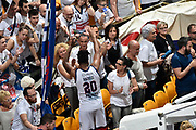 DESCRIZIONE : LNP Playoff Serie A2 Citroen 2015- 2016 Semifinale Gara 3 Eternedile Bologna - De Longhi Treviso<br /> GIOCATORE : Davide Raucci<br /> CATEGORIA : esultanza postgame<br /> SQUADRA : Eternedile Bologna<br /> EVENTO : LNP Playoff Serie A2 Citroen 2015- 2016<br /> GARA : Playoff Semifinale Gara 3 Eternedile Bologna - De Longhi Treviso<br /> DATA : 04/06/2016<br /> SPORT : Pallacanestro <br /> AUTORE : Agenzia Ciamillo-Castoria/Max.Ceretti