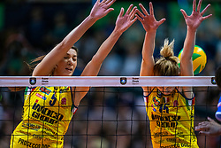 18-05-2019 GER: CEV CL Super Finals Igor Gorgonzola Novara - Imoco Volley Conegliano, Berlin<br /> Igor Gorgonzola Novara take women's title! Novara win 3-1 / Robin de Kruijf #5 of Imoco Volley Conegliano, Kimberly Hill #15 of Imoco Volley Conegliano