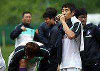 Fotball<br /> Trening Sør Korea<br /> 26.05.2010<br /> Neustift Østerrike<br /> Foto: Gepa/Digitalsport<br /> NORWAY ONLY<br /> <br /> FIFA Weltmeisterschaft 2010 in Suedafrika, Vorberichte, Vorbereitung Nationalteam Suedkorea, Trainingslager. <br /> <br /> Bild zeigt Lee Keun-Ho (KOR)