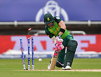 Cricket - 2019 ICC Cricket World Cup - Group Stage: New Zealand vs. South Africa<br /> <br /> South Africa's Faf du Plessis clean bowled New Zealand's Lockie Ferguson for 23, at Edgbaston, Birmingham.<br /> <br /> COLORSPORT/ASHLEY WESTERN