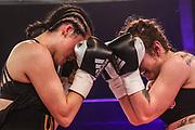 Boxen: Universum Boxpromotion, Fightnight, Hamburg, 24.04.2021<br /> Dilar Kisikyol (GER) - Karina Kopinska (POL)<br /> © Torsten Helmke