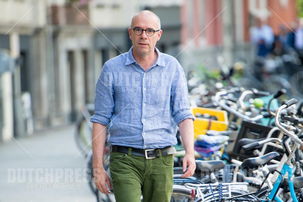 Owen Schumacher tijdens de uitreiking van de Johan Kaartprijs 2019 in het DeLaMar Theater in Amsterdam