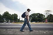 El Moncho lungo la carettera Managua durante una fase del viaggio di ritorno a casa.<br /> 19 maggio  2016 . Daniele Stefanini /  OneShot