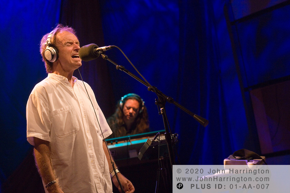 """Gary Wright, writer of the song """"Dream Weaver,"""" performs at XM on Wednesday June 14, 2006 as a part of XM's """"Artist Confidential"""" series."""