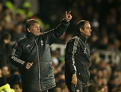05.12.2011, Craven Cottage Stadion, London, ENG, PL, FC Fulham vs FC Liverpool, 14. Spieltag, im Bild Liverpool's manager Kenny Dalglish during the football match of English premier league, 14th round, between FC Fulham and FC Liverpool at Craven Cottage Stadium, London, United Kingdom on 05/12/2011. EXPA Pictures © 2011, PhotoCredit: EXPA/ Sportida/ David Rawcliff..***** ATTENTION - OUT OF ENG, GBR, UK *****