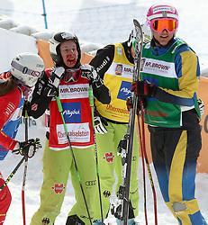 29.01.2011, Grasgehren Lifte, Grasgehren, GER, FIS Skicross World Cup, Grasgehren, im Bild Katrin MUELLER (SUI), Heidi ZACHER (GER) blutet nach einem Sturz auf der Strecke, Anna HOLMLUND (SWE) und im Hintergrund Anna WOERNER (GER) // Katrin MUELLER (SUI), Heidi ZACHER (GER) has blood in the face after crashing on the course, Anna HOLMLUND (SWE) and in the background Anna WOERNER (GER) during FIS Skicross World Cup in Grasgehren, Germany, EXPA Pictures © 2011, PhotoCredit: EXPA/ S. Kiesewetter