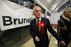 © Licensed to London News Pictures. 09/06/2017. London, UK. Shadow Chancellor JOHN MCDONNELL speaks at Hayes and Harlington election count centre in Brunel University, west London on Friday 9 June 2017. Photo credit: Tolga Akmen/LNP