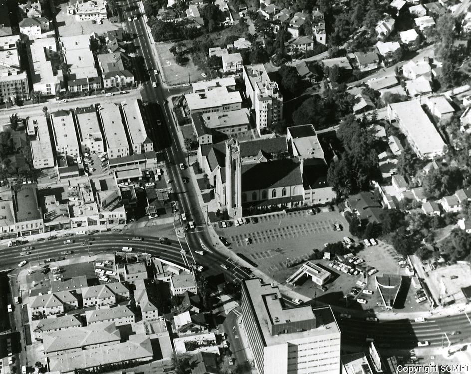 1966 Looking at the intersection of Franklin Ave. & Highland Ave.