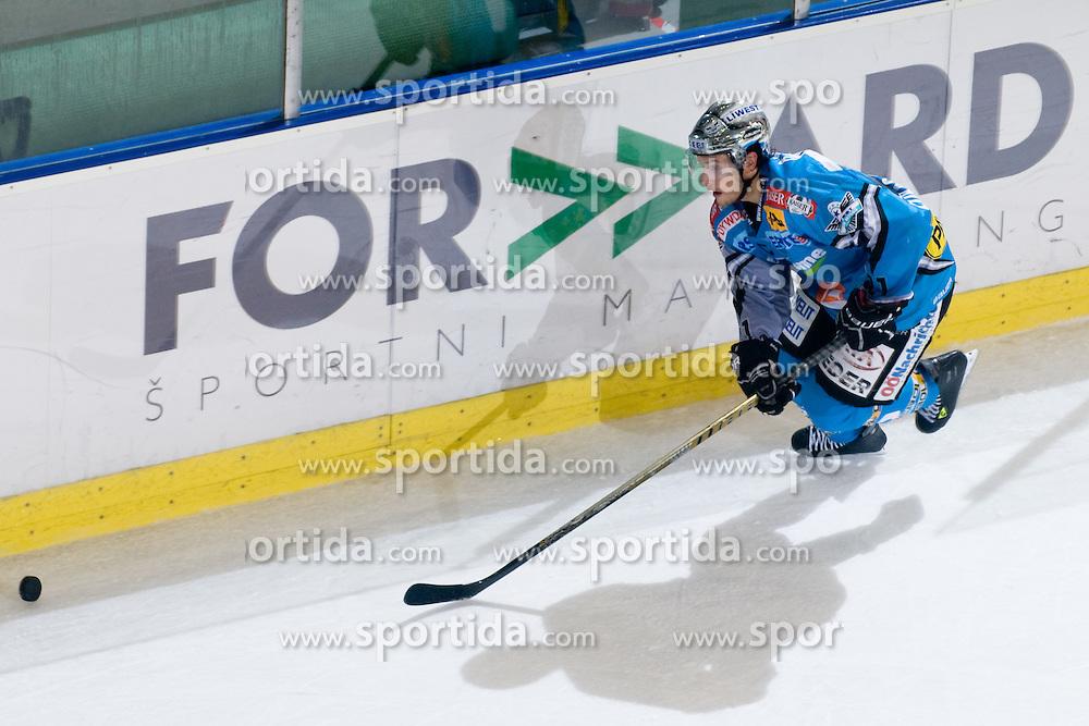 Phillip Lukas (EHC Liwest Black Wings Linz, #21) at during ice-hockey match between HDD Tilia Olimpija and EHC Liwest Black Wings Linz in 18th Round of EBEL league, on November 5, 2010 at Hala Tivoli, Ljubljana, Slovenia. (Photo By Matic Klansek Velej / Sportida.com)