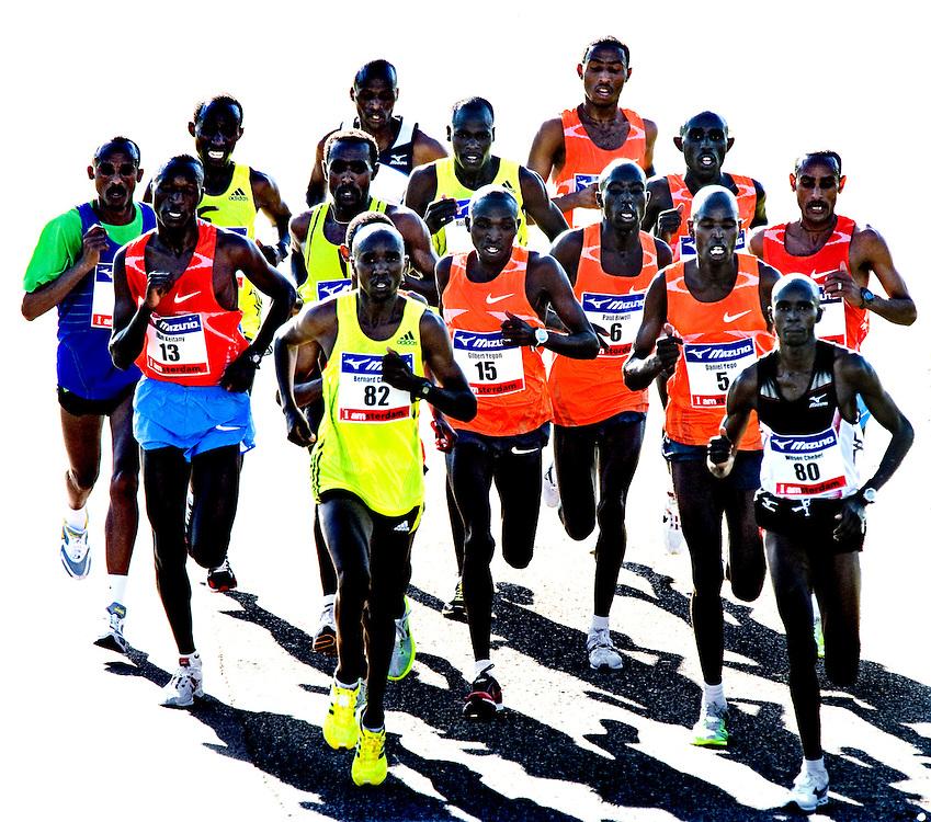 Nederland, Amsterdam, 18-10-2009.<br /> Atletiek, Marathon. <br /> De kopgroep na ongeveer 23 km met in het midden de latere winnaar, Gilbert Yegon uit Kenia met nr. 15.<br /> Foto: Klaas Jan van der Weij.