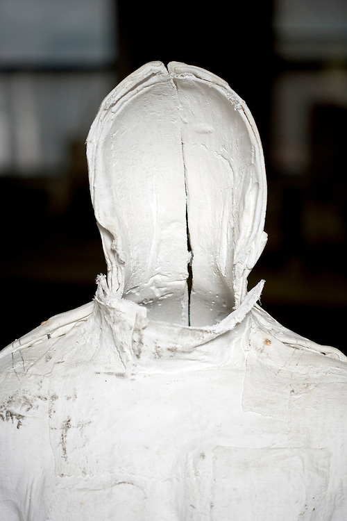 faceless cast of a male body