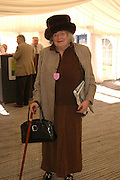 Juliana Roberts. ( Viscountess Windsor's mother) Ludlow Charity Race Day,  in aid of Action Medical Research. Ludlow racecourse. 24 march 2005. ONE TIME USE ONLY - DO NOT ARCHIVE  © Copyright Photograph by Dafydd Jones 66 Stockwell Park Rd. London SW9 0DA Tel 020 7733 0108 www.dafjones.com