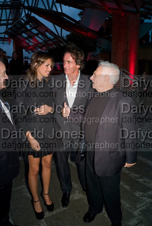 DASHA ZHUKOVA; TIM JEFFERIES; FRANK GEHRY, The Summer Party. Hosted by the Serpentine Gallery and CCC Moscow. Serpentine Gallery Pavilion designed by Frank Gehry. Kensington Gdns. London. 9 September 2008.  *** Local Caption *** -DO NOT ARCHIVE-© Copyright Photograph by Dafydd Jones. 248 Clapham Rd. London SW9 0PZ. Tel 0207 820 0771. www.dafjones.com.