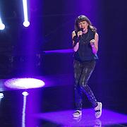 NLD/Hilversum/20151205- Eerste Live uitzending The Voice 2015, Jennie Lena