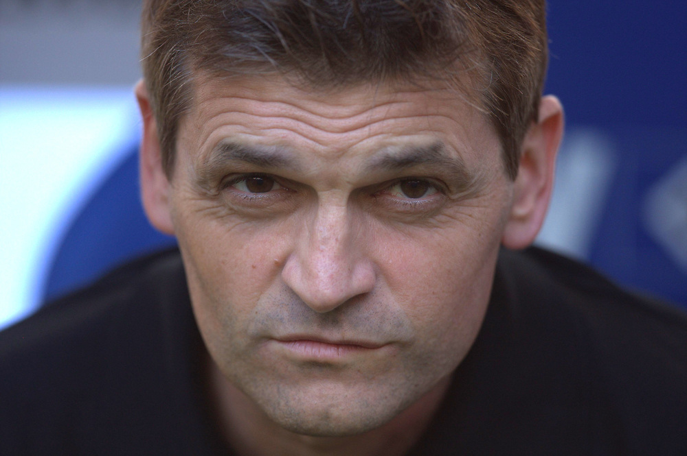 Fussball: International Friendly, 125 years, Hamburger SV - FC Barcelona 1:2, Hamburg, 24.07.2012<br /> Trainer Tito Vilanova (Barcelona)<br /> © Torsten Helmke